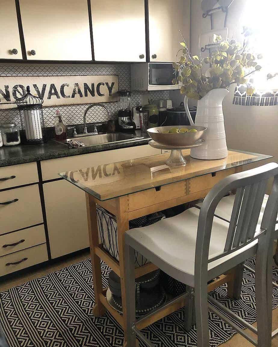 small-kitchen-ideas-2019